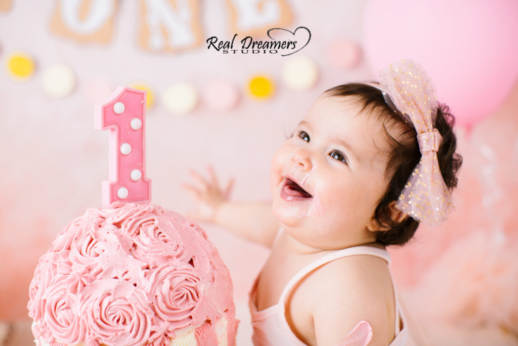 Real Dreamers Studio Photo - ride rosa