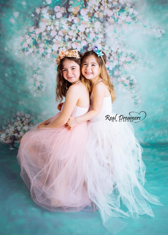 Servizio Fotografico Bambini - sorelle verticale