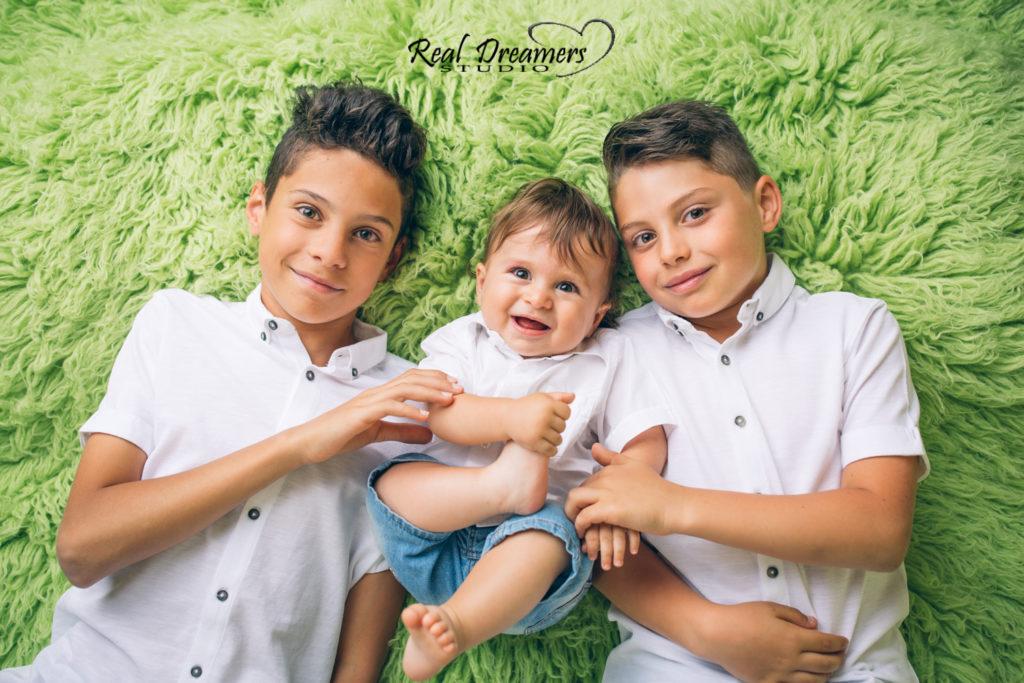 Servizio Fotografico Bambini - tre fratelli