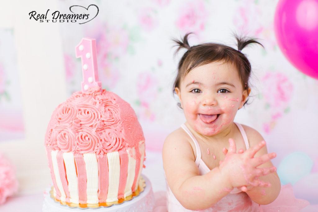 Smash Cake Servizio Fotografico - linguaccia rosa