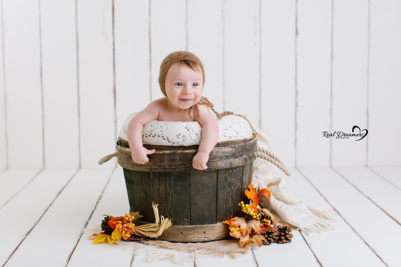 Servizio Fotografico Bebè tinozza autunno