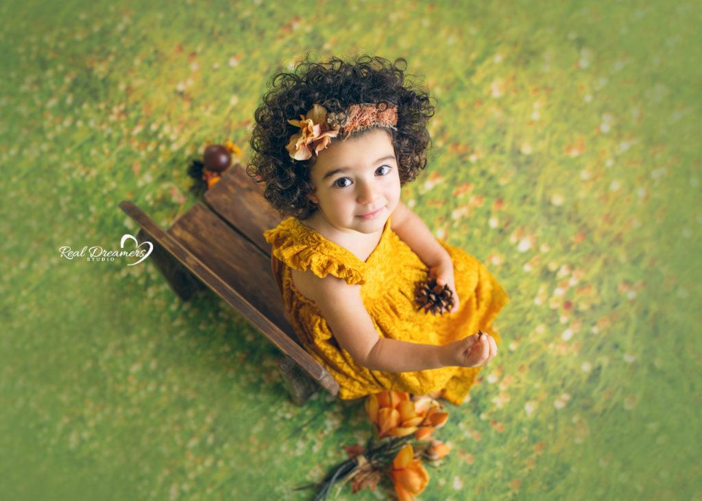 Real-Dreamers-Studio-servizio-fotografico-bambina-fiori