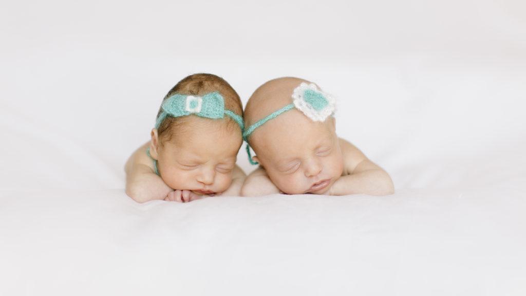 fotografa newborn - gemelle