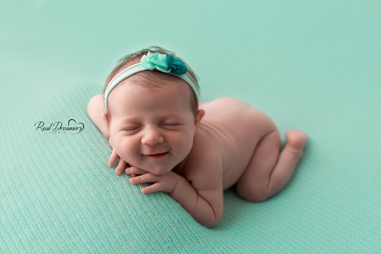 servizio fotografico neonati - newborn - sorriso