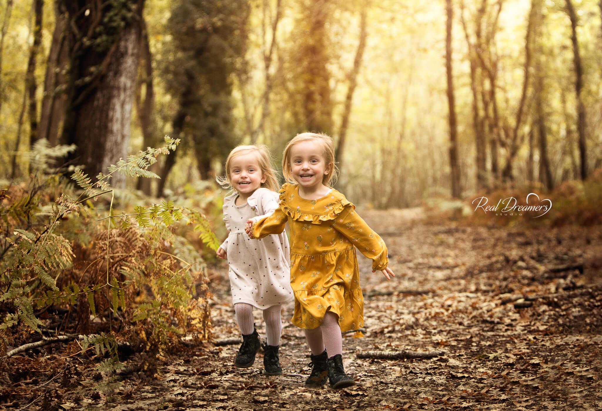 Real Dreamers Studio - servizio - fotografico - bambini - bosco - autunno