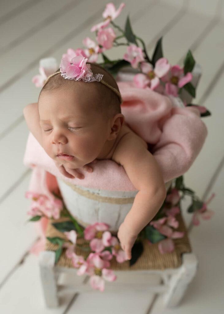 Real-Dreamers-Studio-servizio-fotografico-neonati-secchio-newborn