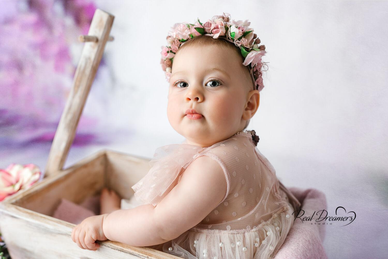 Real-Dreamers-Studio-servizio-fotografico-bambina-Latina-carretto