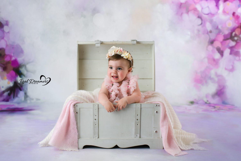 Real Dreamers Studio - servizio - fotografico - bambina - baule